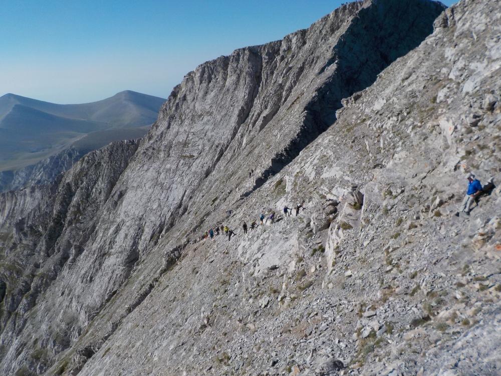 Ο «Πεζοπορικός Ορειβατικός Σύλλογος Πετρούπολης»  στην πιο ψηλή κορυφή της Ελλάδας (4/6)